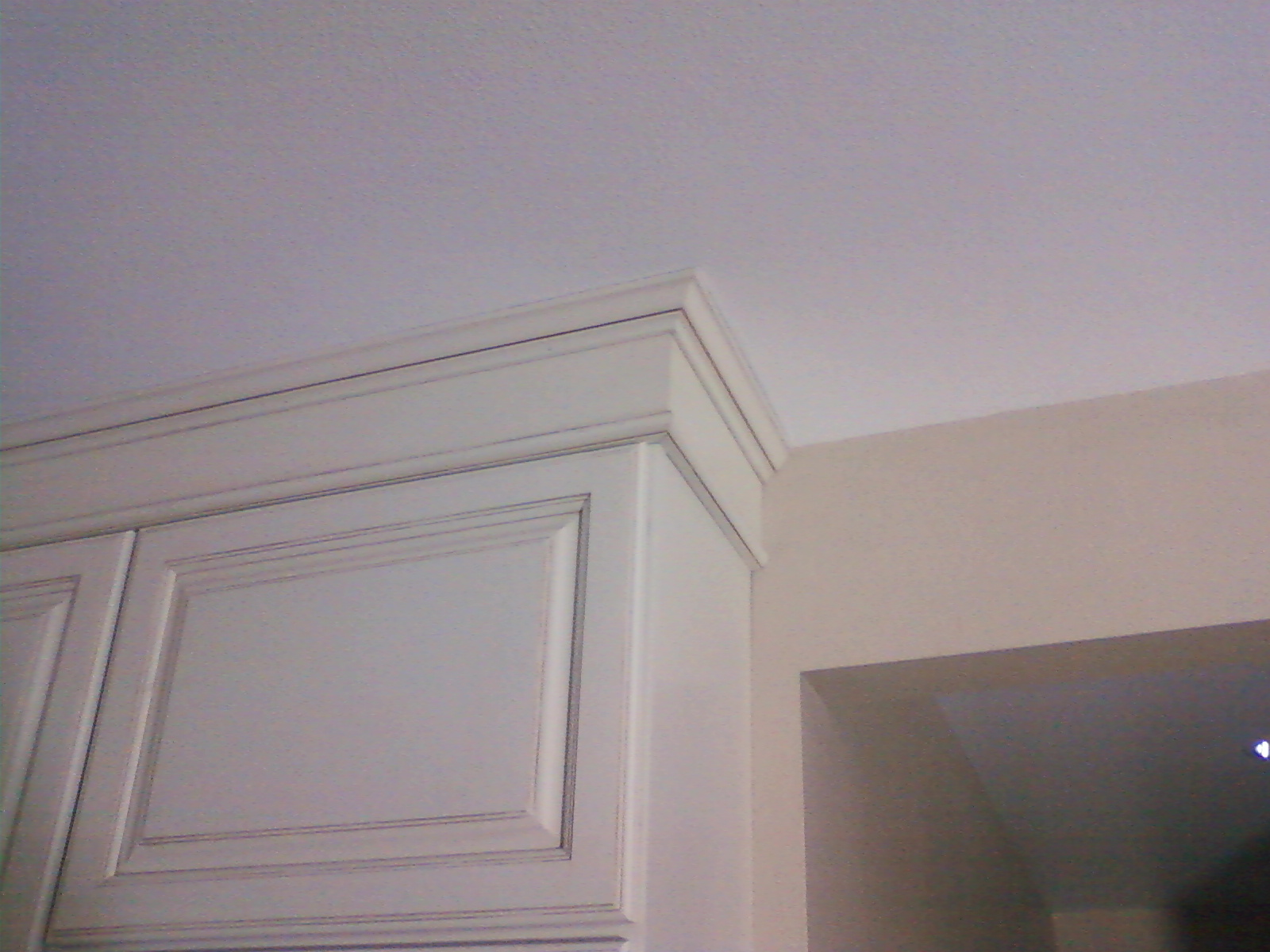 Multi-stack crown moulding